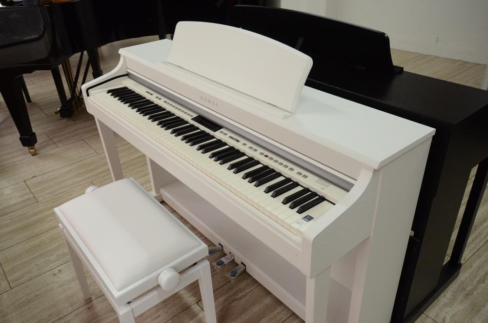 e pianos piano grischa. Black Bedroom Furniture Sets. Home Design Ideas
